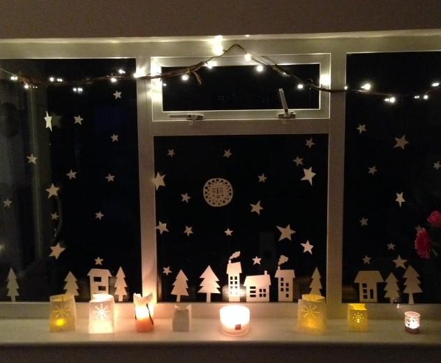 DIY Christmas Window Display Silvina De Vita